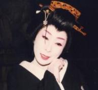 宗田 千恵子(語・演・歌)